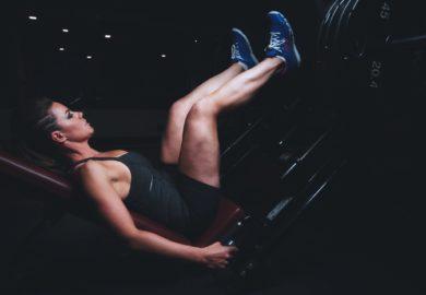 Jak ćwiczyć nogi ?